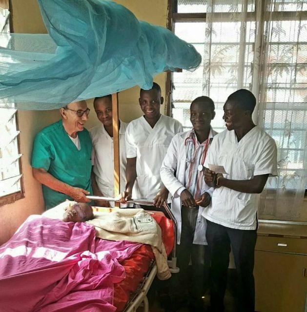 Farmacisti-in-aiuto,-formazione-sanitaria-a-medici-tanzani