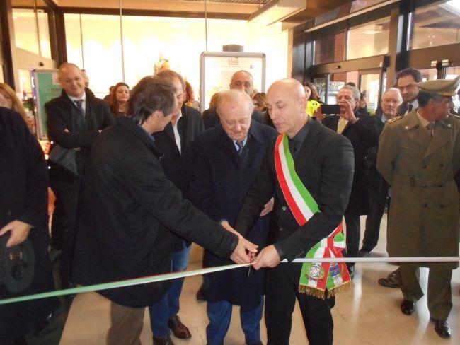 Inaugurata-la-nuova-farmacia-all'Iper-di-Solbiate-Olona