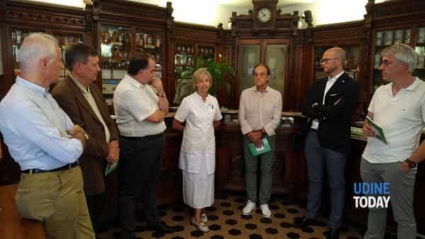"""La-Farmacia-Antonio-Colutta-presenta-il-suo-primo-Bilancio-sociale-""""La-Farmacia-Antonio-Colutta-presenta-il-suo-primo-Bilancio-sociale""""-"""